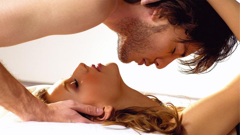 Erkeklerin Sevişirken Duymak İstediği Sözler Neler?